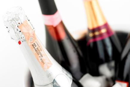 A convivial… and a little bit sensual wine