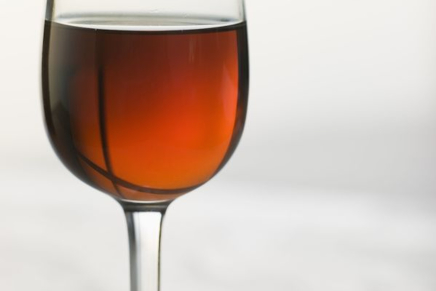 The Marsala wine: an English story with a Sicilian flavour