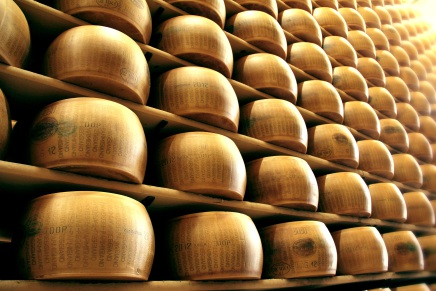 Bertinelli produces Kosher Parmigiano Reggiano Pdo