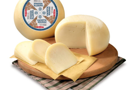 Sabelli, with a cheese for children
