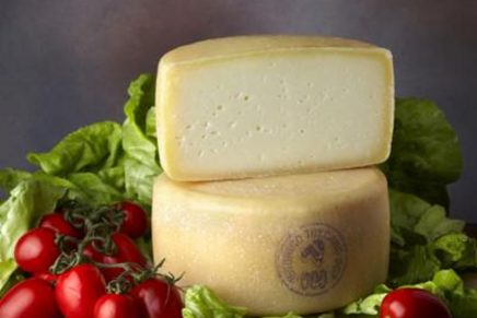 Italian sheep's milk cheese is appreciated both in Europe and in the USA
