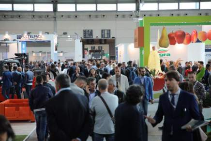 Macfrut goes East with Unicredit
